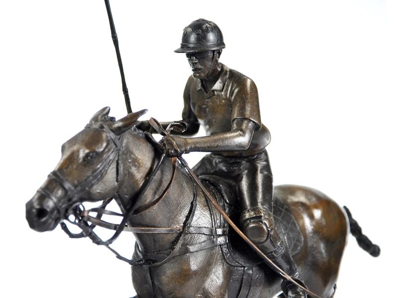 Bronze polo